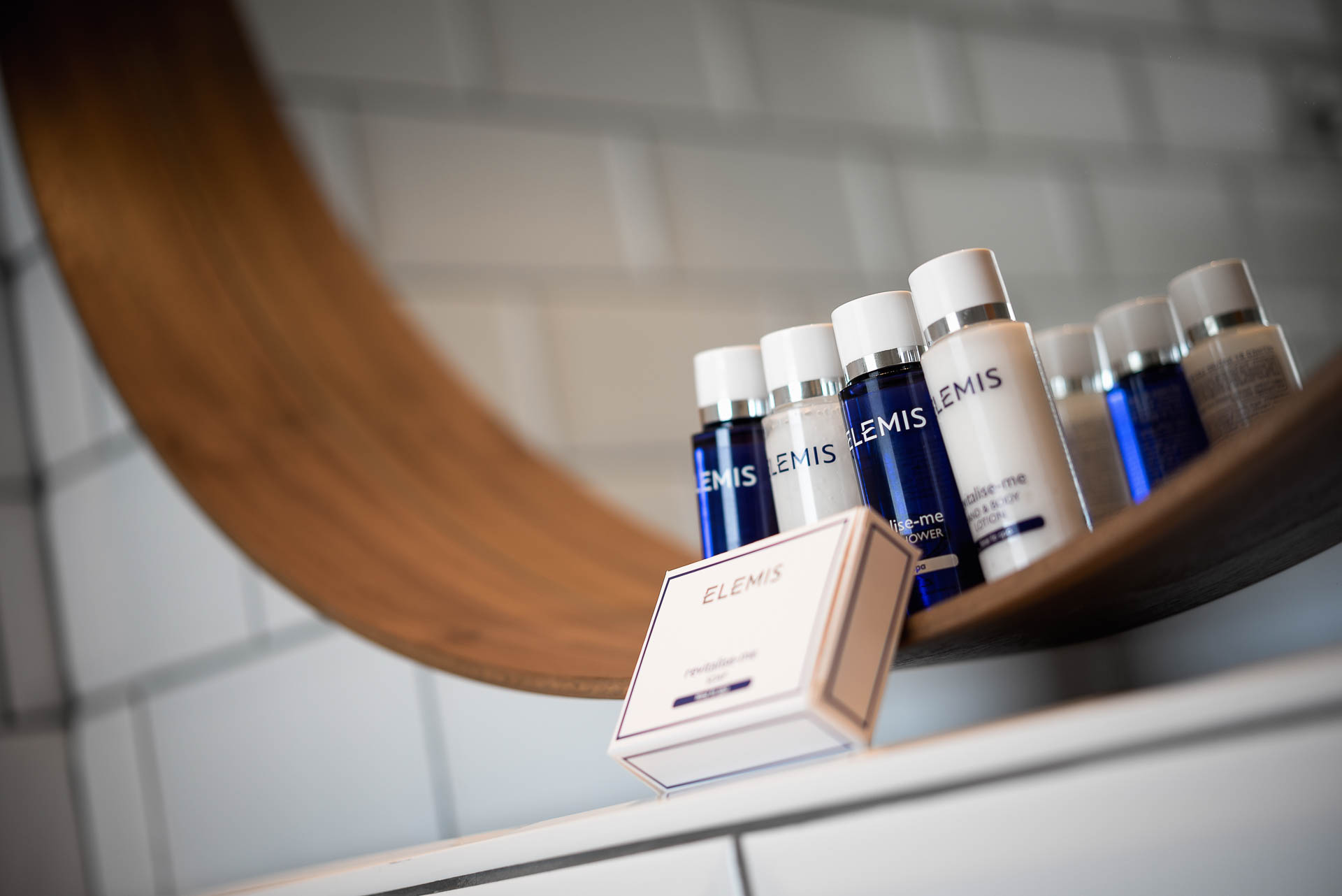 Elemis products in ensuite PREMIER SUITES Antwerp