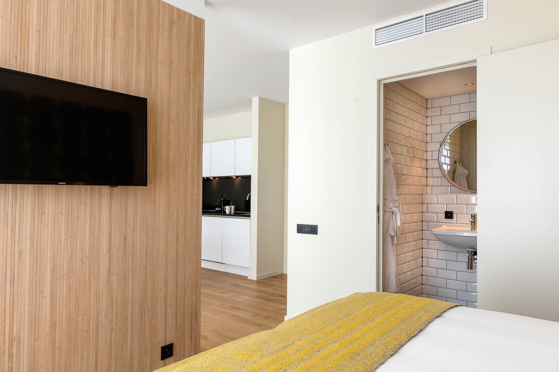 Ensuite in luxury suite apartment PREMIER SUITES Antwerp