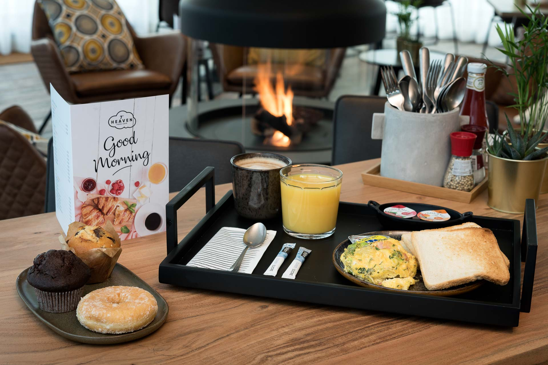 Breakfast in PREMIER SUITES PLUS Antwerp